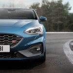 2019-Ford-Focus-ST-03