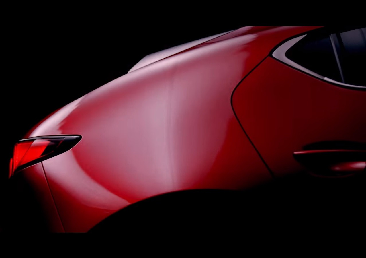 2019-mazda3-teaser-video-shows-hatchback-body-style-looks-ready-for-production_3