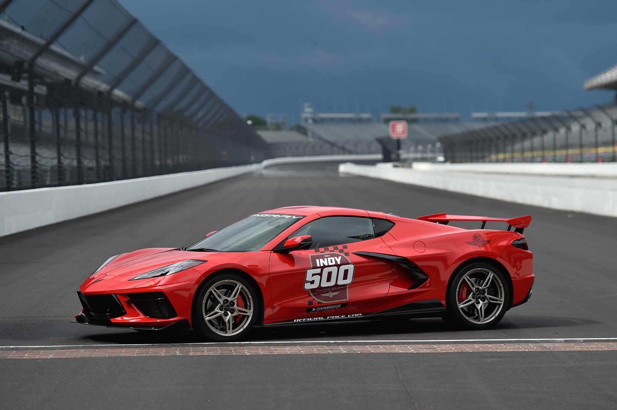 2020-Corvette-Pace-Car-Indy-500-1