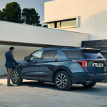 2020-Ford-Explorer-Plug-In-Hybrid-ST-Line-European-spec-12