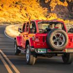 2020-Jeep-Wrangler-Sahara-EcoDiesel-36