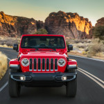 2020-Jeep-Wrangler-Sahara-EcoDiesel-37