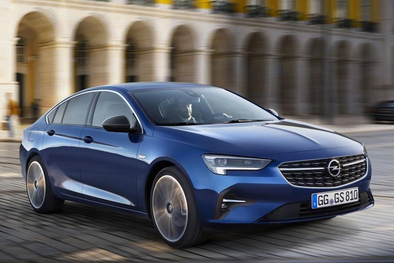 2020-Opel-Insignia-5