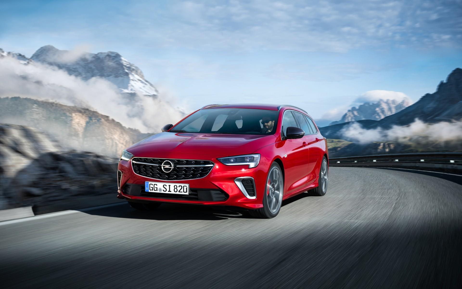 2020-Opel-Insignia-GSi-1