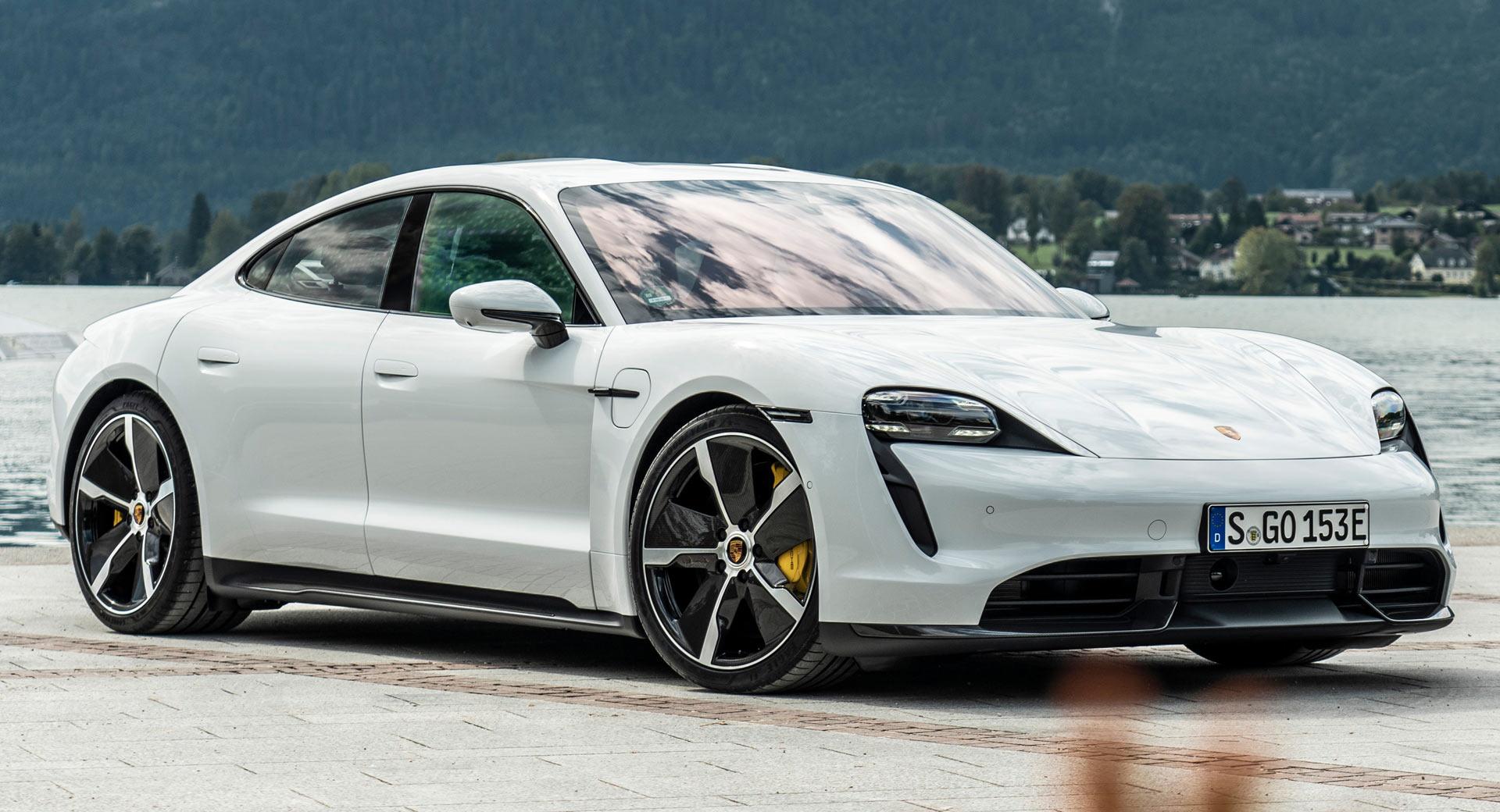 2020-Porsche-Taycan2