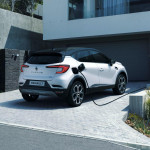 2020-Renault-Captur-E-Tech-plug-in-hybrid-13