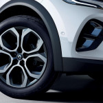 2020-Renault-Captur-E-Tech-plug-in-hybrid-5