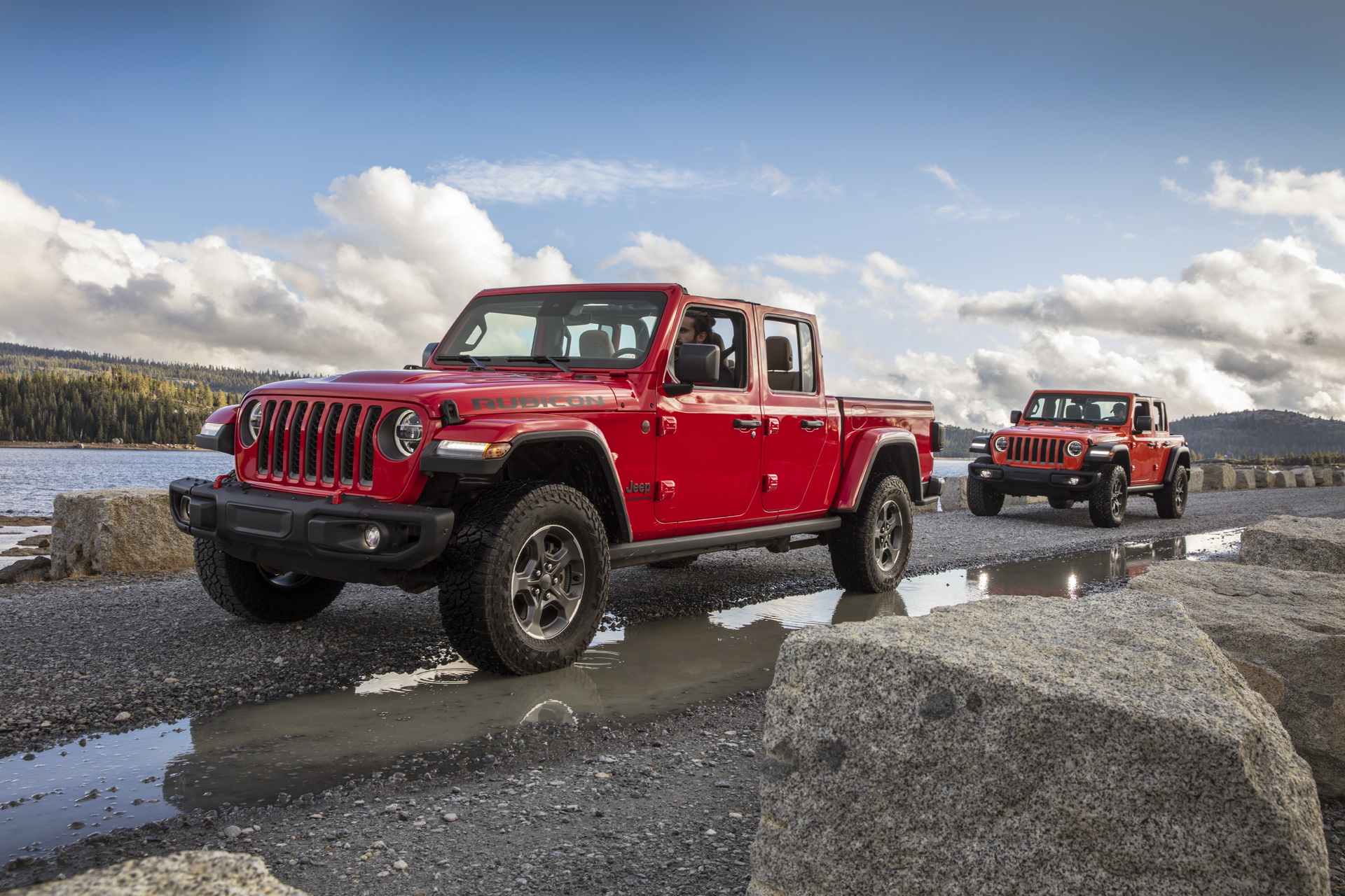 2020-jeep-gladiator-wrangler-rubicon