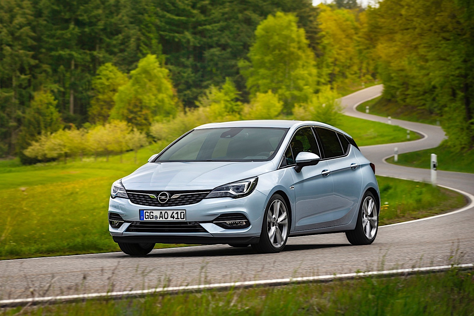 2020-opel-astra-comes-to-the-world-with-better-aerodynamics-and-new-transmission_8
