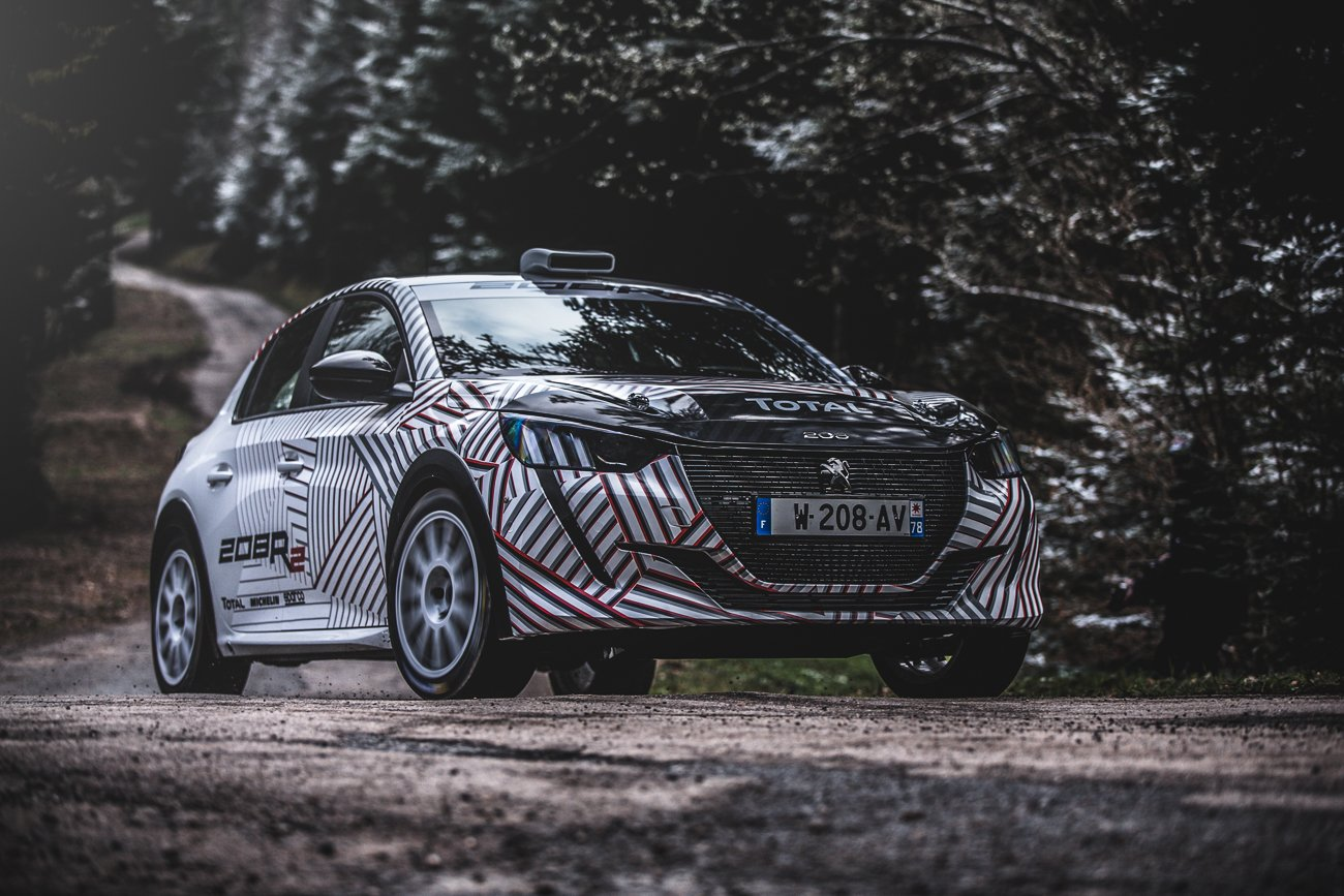 2020-peugeot-208-rally-4-car-7