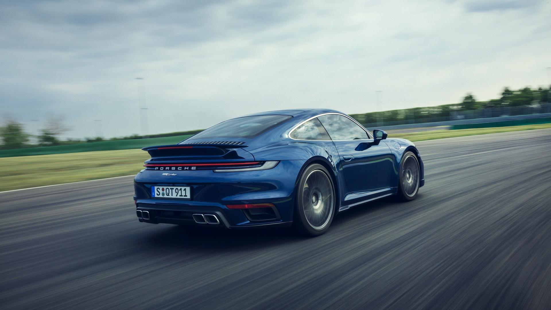 2020-porsche-911-turbo-1