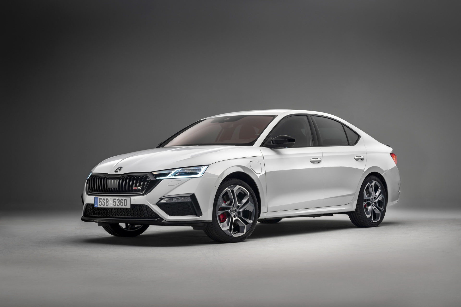 2020-skoda-octavia-rs-unveiled-1