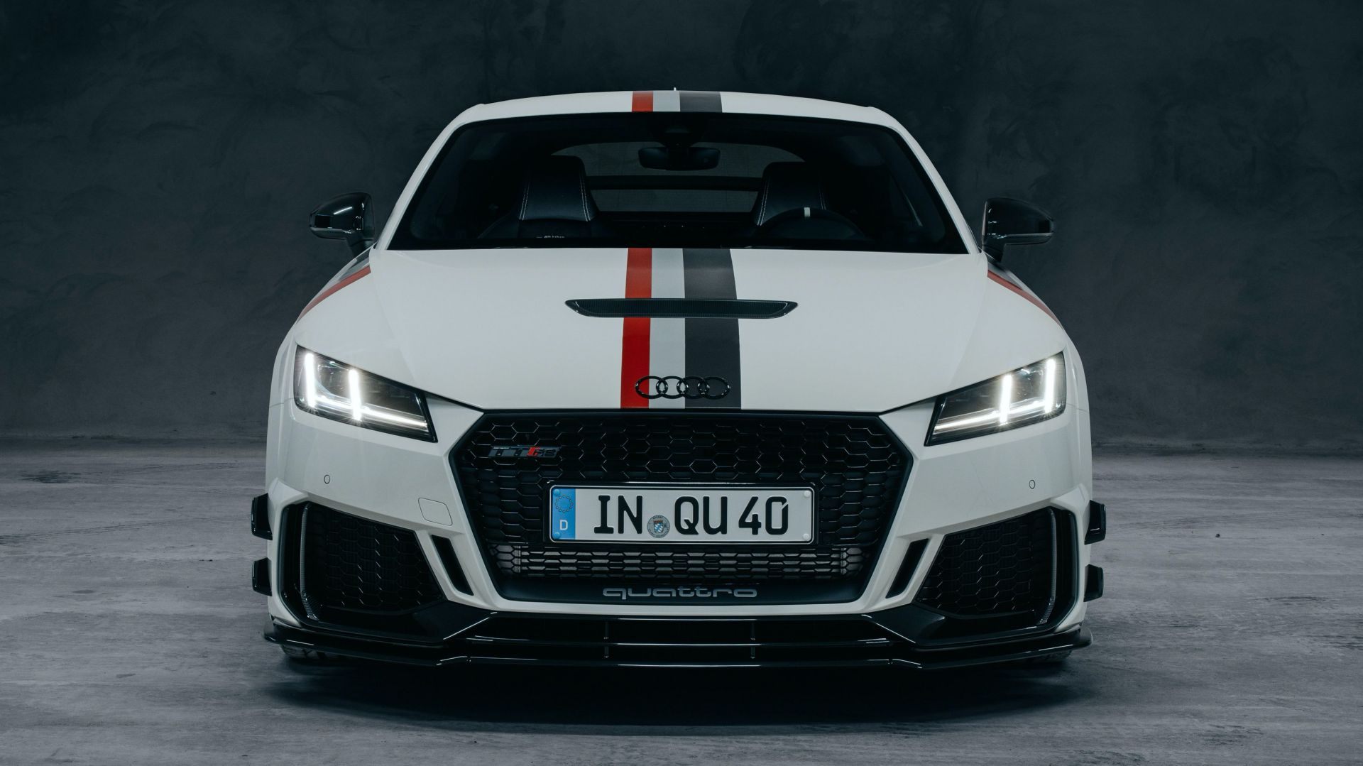2021-Audi-TT-RS-40-years-of-quattro-Edition-4