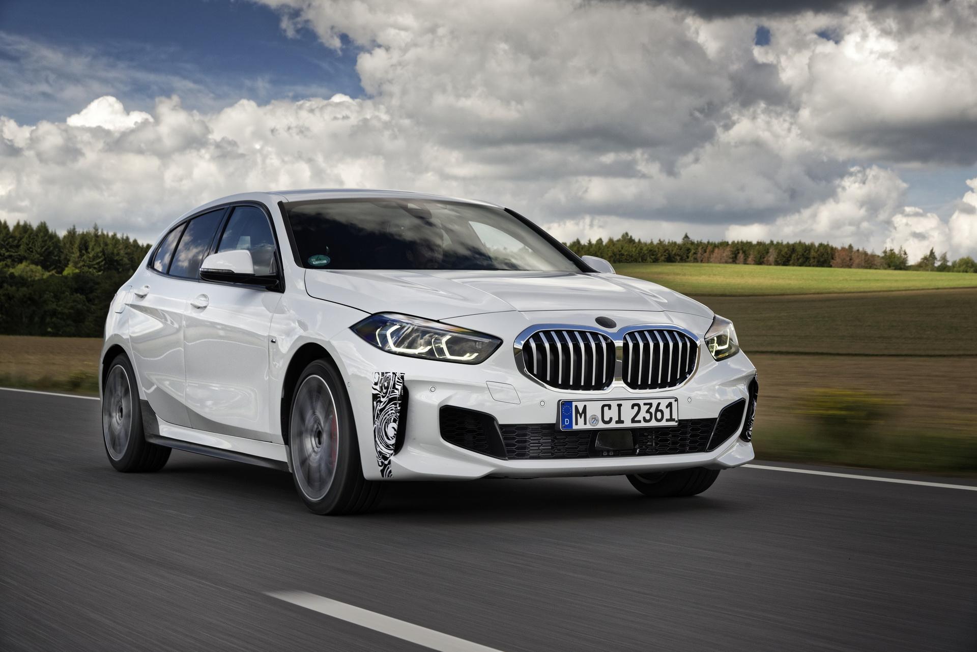 2021-BMW-128ti-01