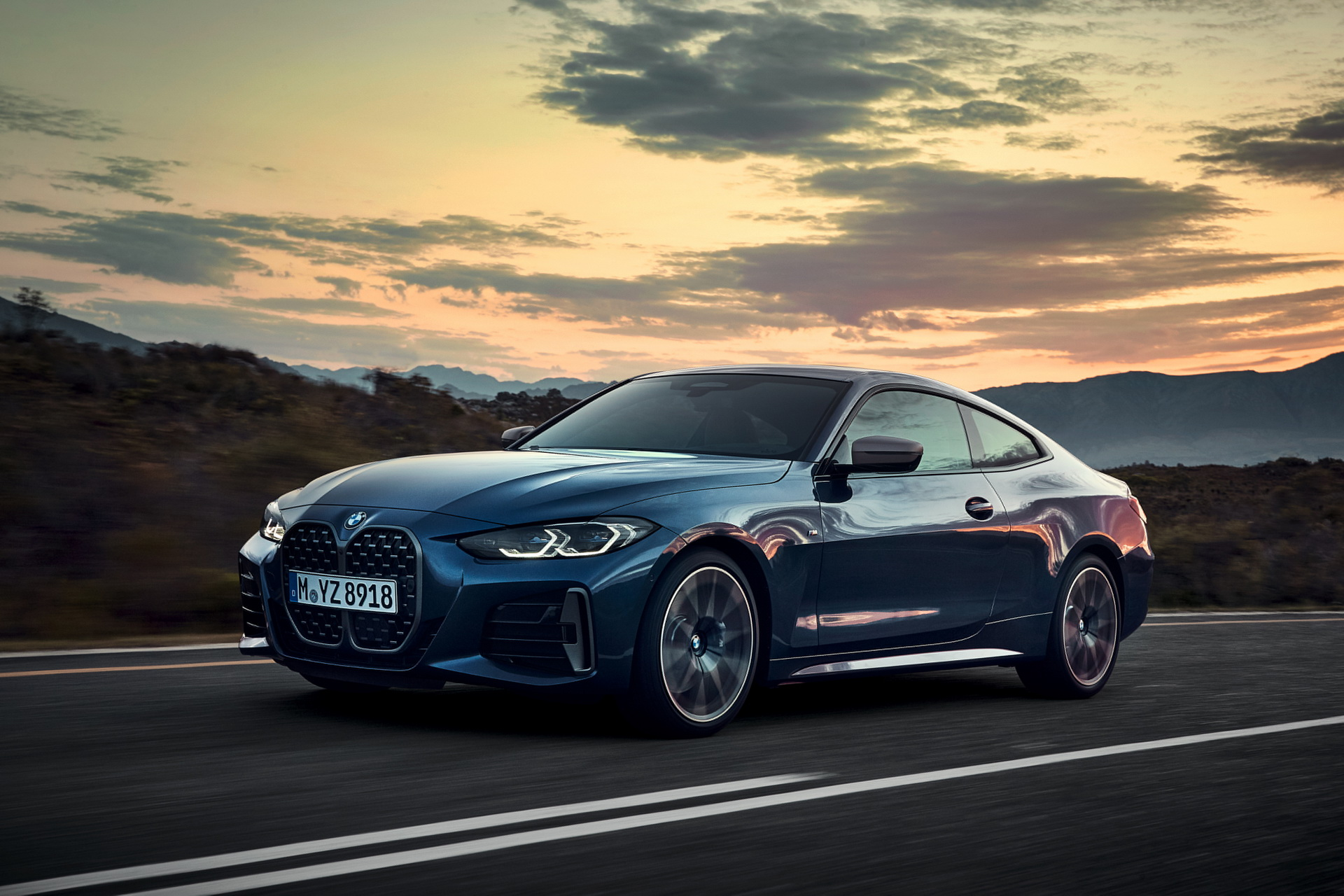 2021-BMW-4-Series-Coupe-20