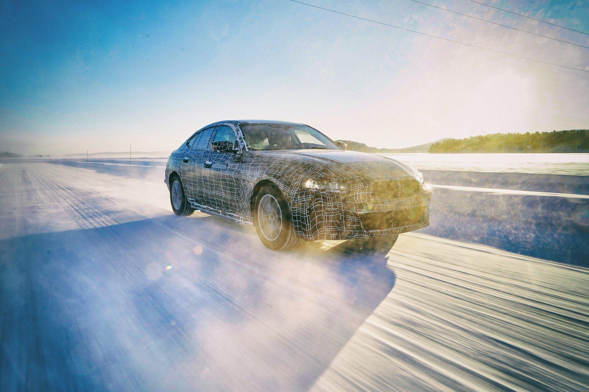 2021-BMW-i4-5