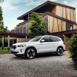 2021-BMW-iX3-32