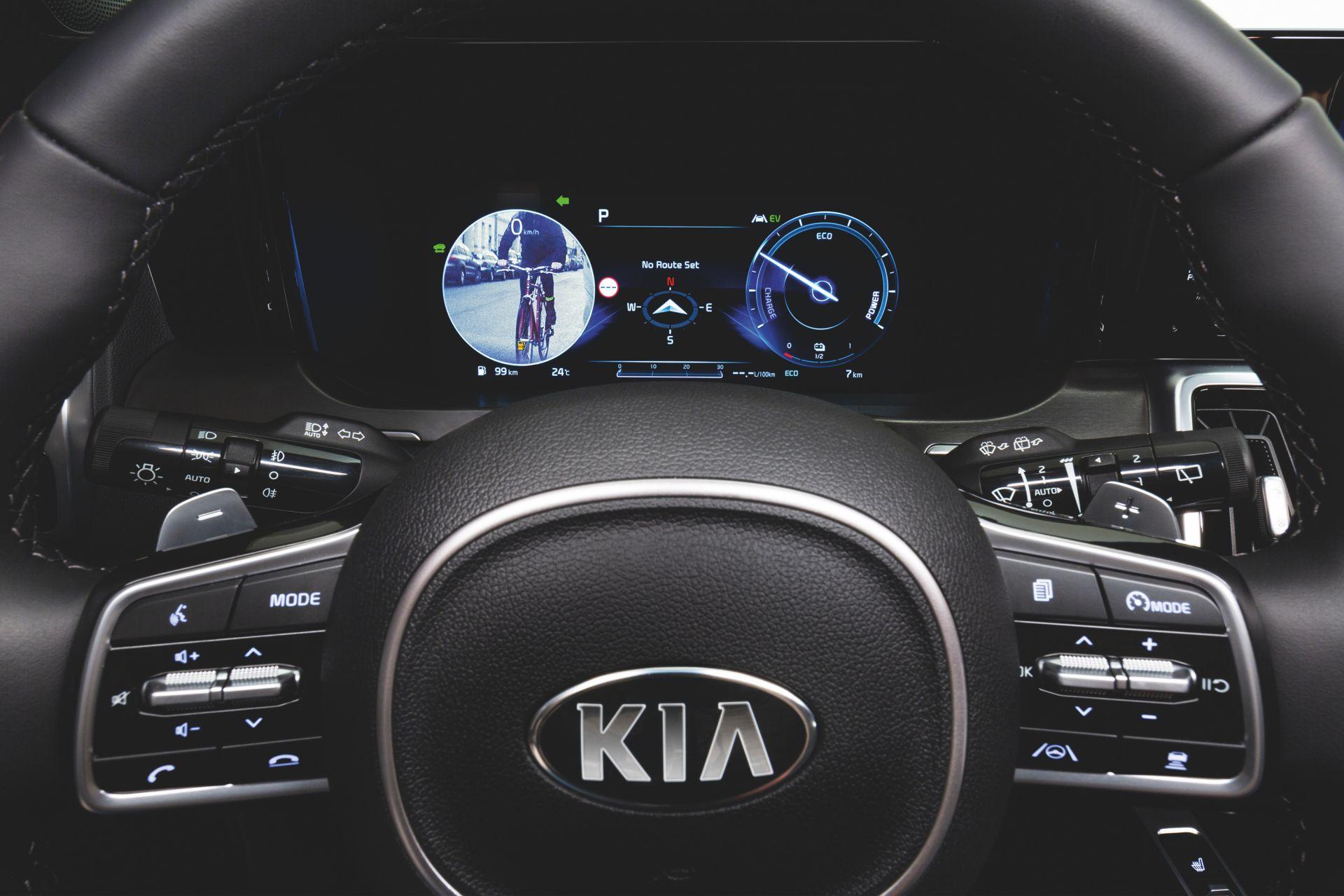 2021-Kia-Sorento-Blind-Spot-View-Monitor-1
