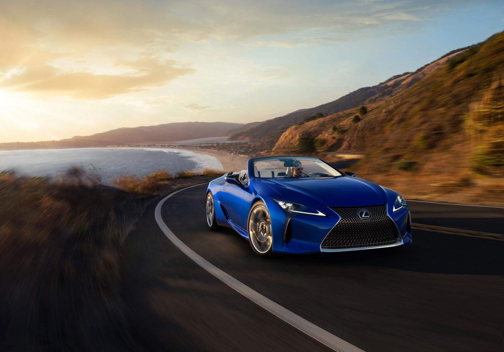 2021-Lexus-LC500-Convertible-1
