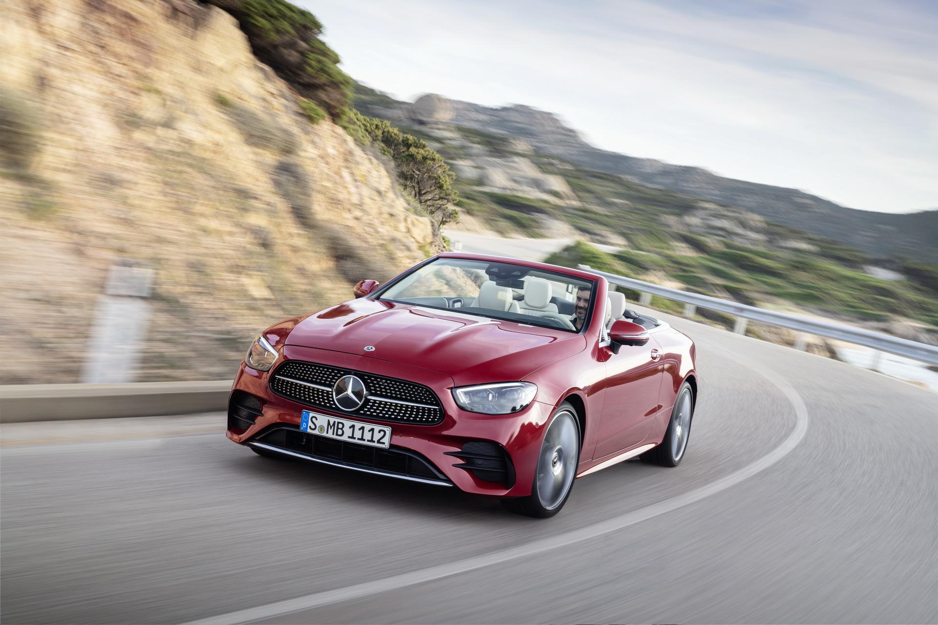 2021-Mercedes-Benz-E-Class-Coupe-Cabriolet-8-1