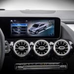 2021-Mercedes-Benz-GLA-31_1
