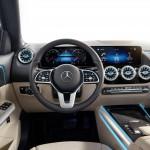 2021-Mercedes-Benz-GLA-47
