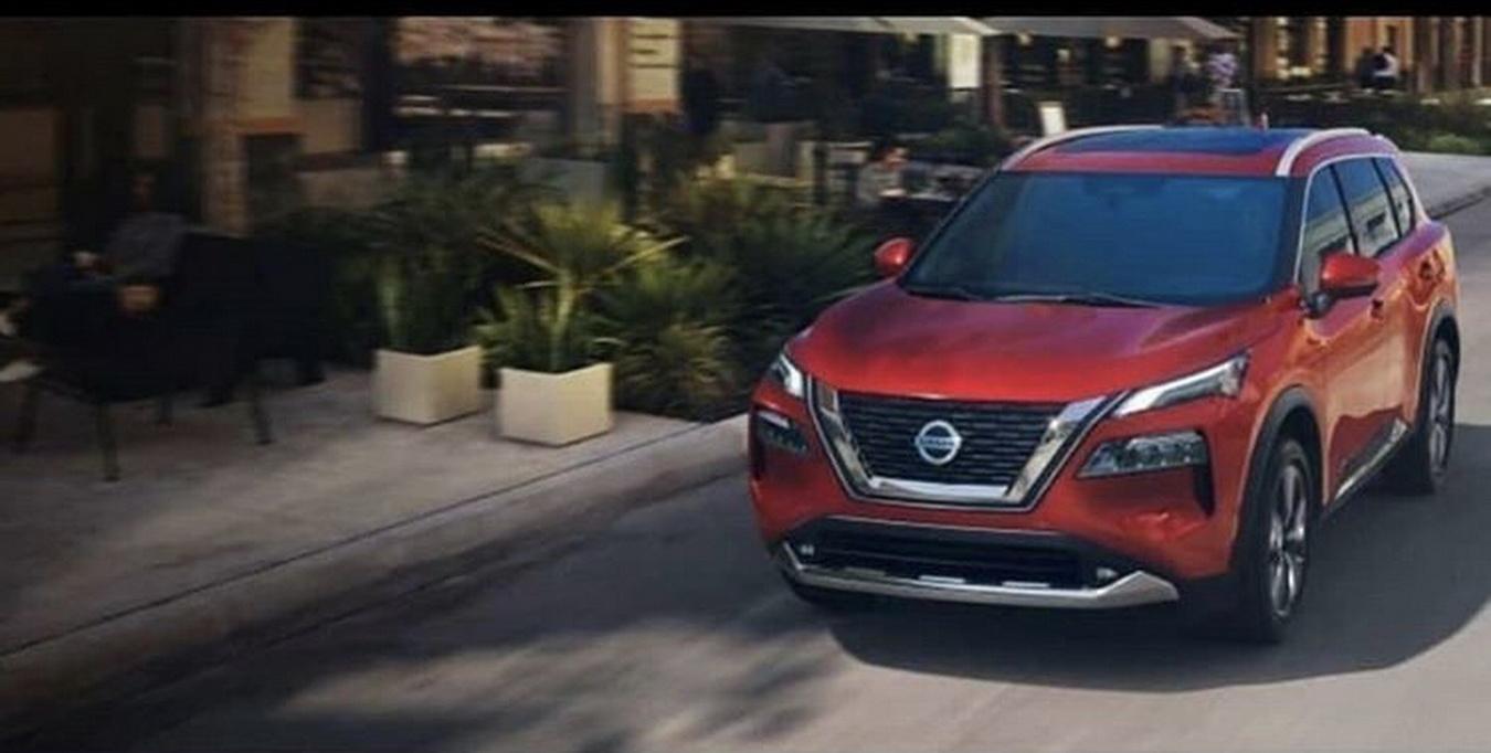 2021-Nissan-Rogue-1