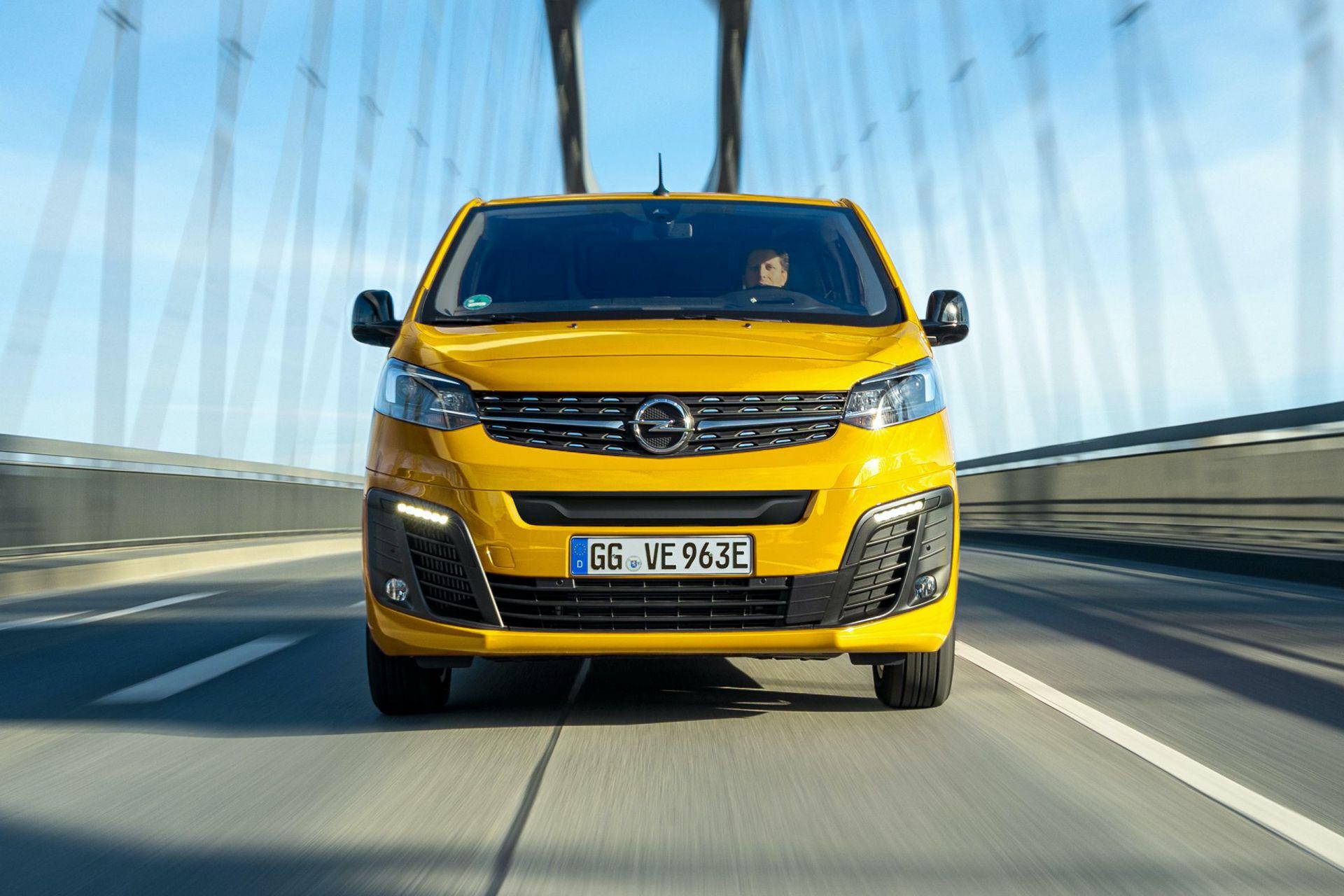 2021-Opel-Vivaro-e-3
