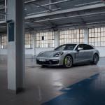 2021-Porsche-Panamera-1