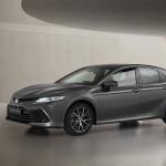 2021-Toyota-Camry-Hybrid-01