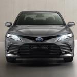 Alig észrevehető ráncfelvarrást kapott a Toyota Camry hibrid, Európában is kapható változata