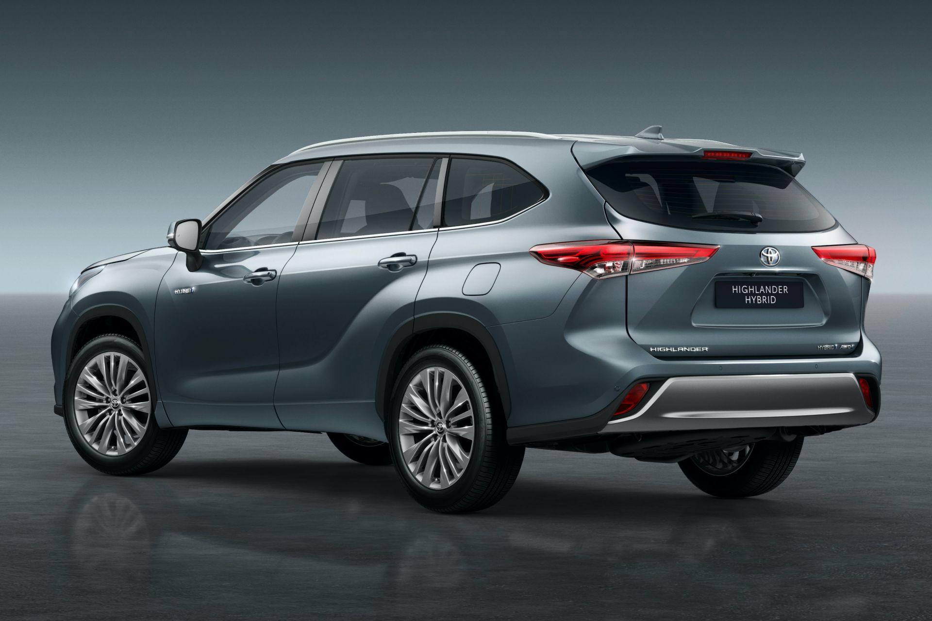 2021-Toyota-Highlander-Hybrid-Euro-spec-2