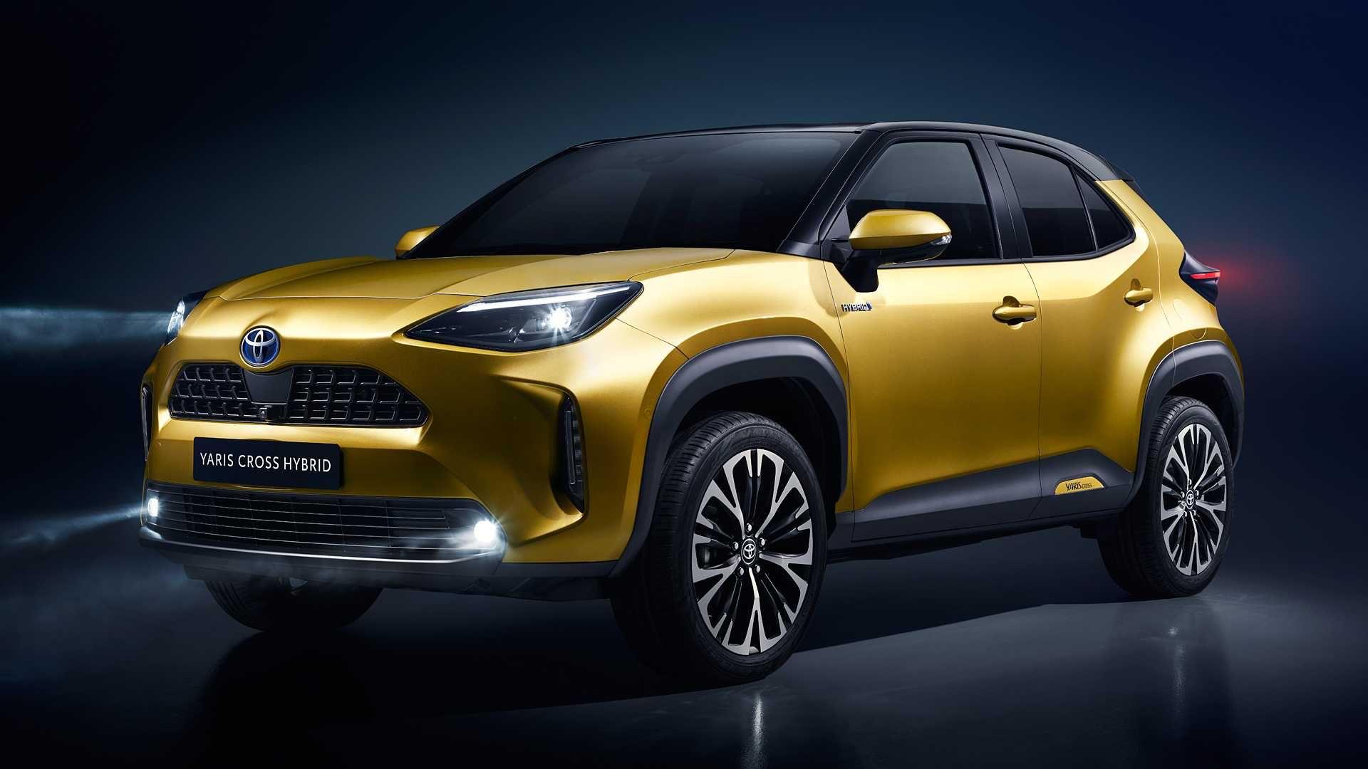 2021-Toyota-Yaris-Cross-2