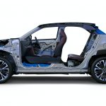 Egy aprócska SUV-al is készül a Lexus az európai piacra