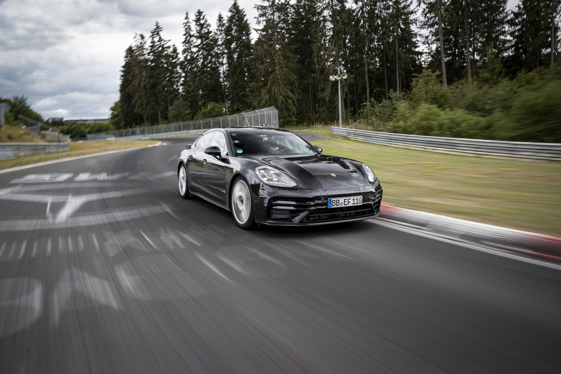 2021-porsche-panamera-nurburgring-nordschleife-record-1