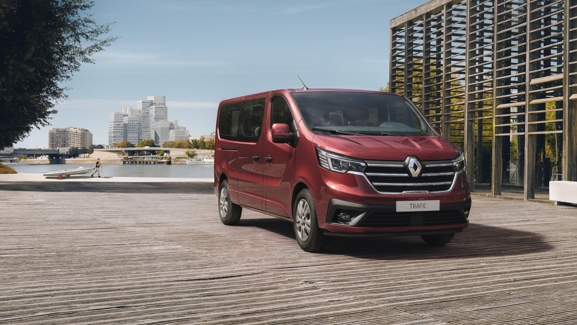 2021-renault-trafic-spaceclass-1