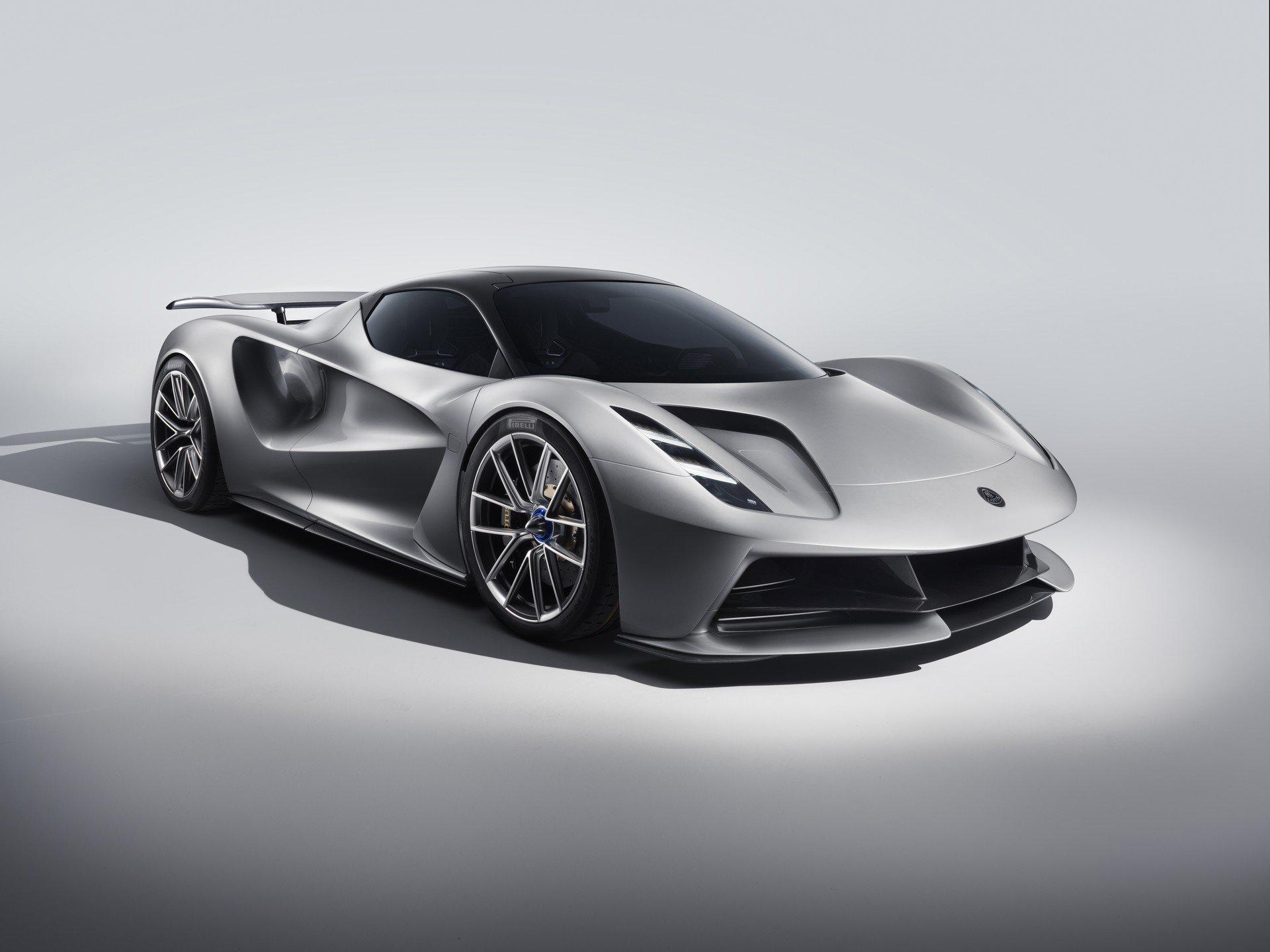 Brutális teljesítményt és gyors tölthetőséget ígér a Lotus Evija