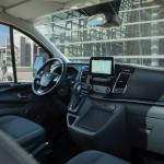 27156c2c-2019-ford-tourneo-custom-phev-6