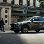 Erős turbós benzines motort és luxus felszereltséget hozott a Mazda CX-5 frissítése