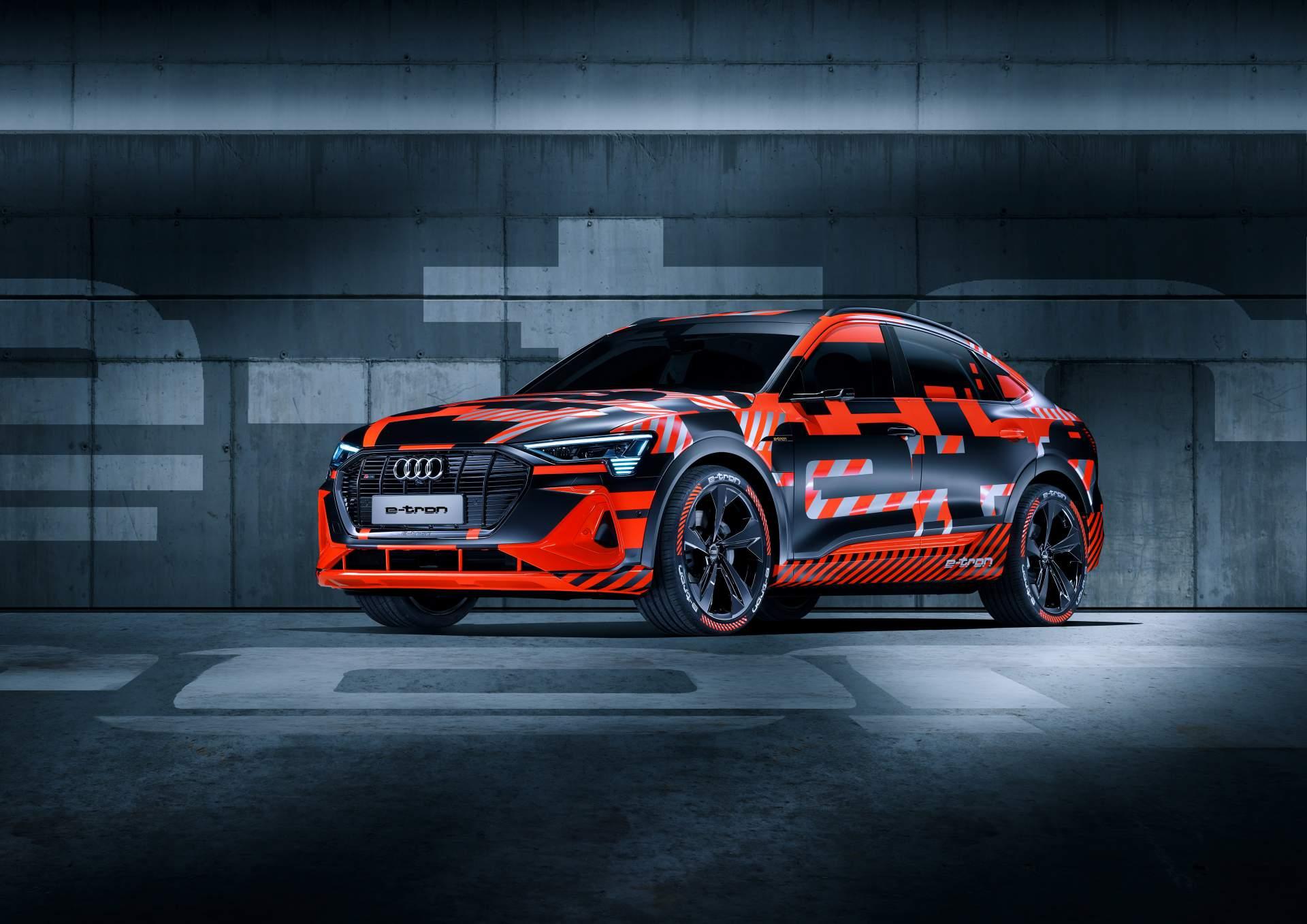 2f6e0de9-audi-e-tron-sportback-prototype-1
