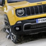 3f200977-2019-jeep-renegade-5