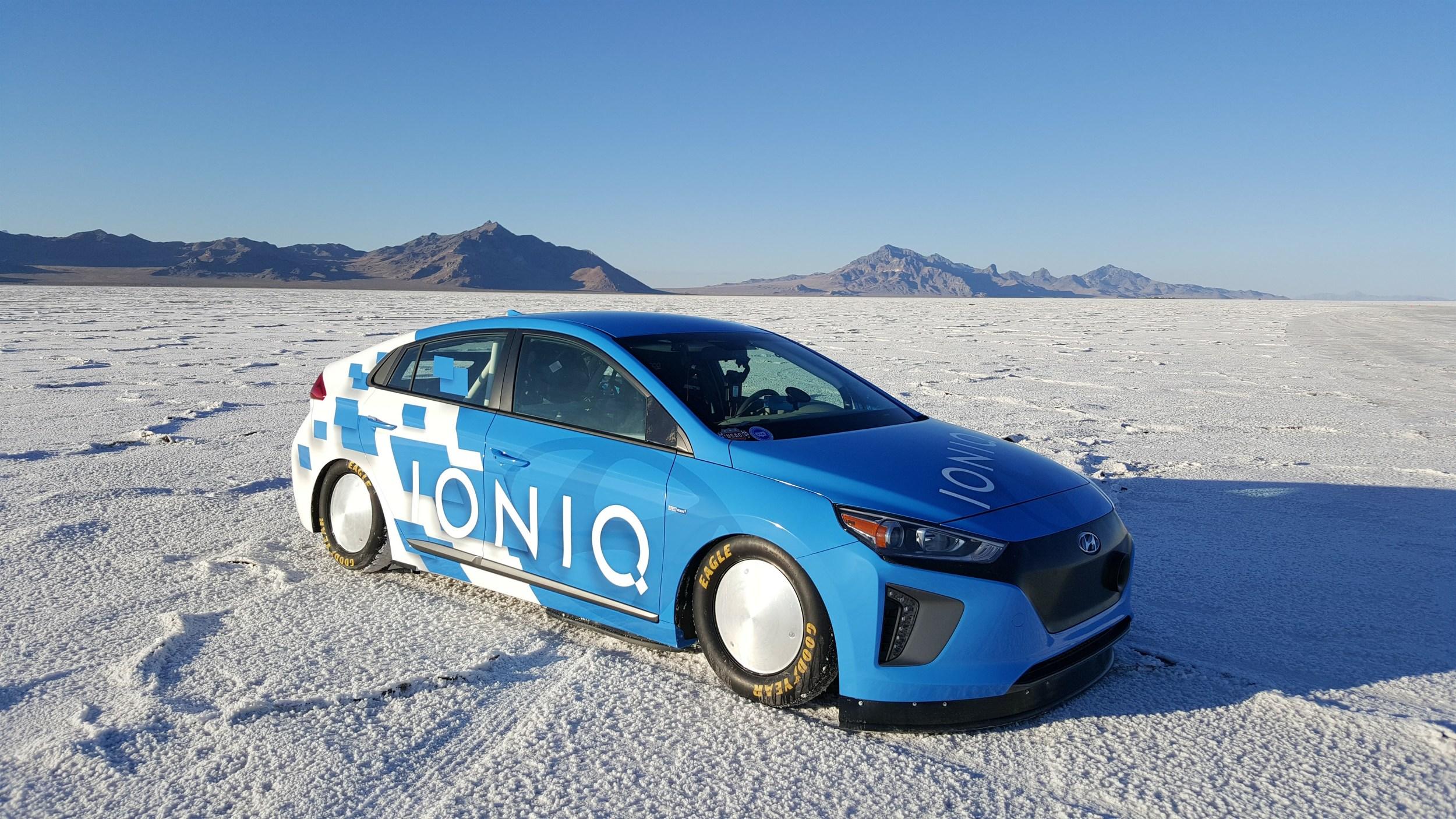 46444-ioniq-land-speed-record-car-1