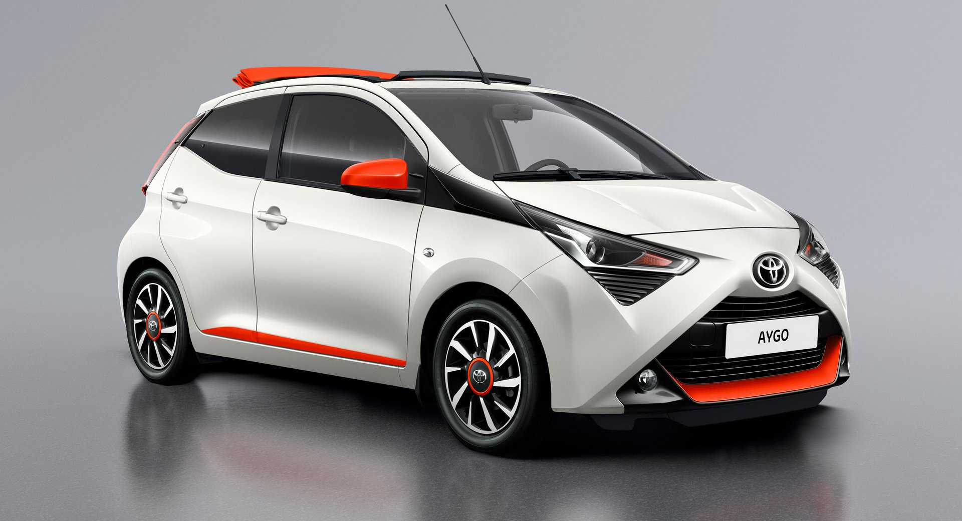 467f7d86-2019-toyota-aygo-x-cite-x-style-2