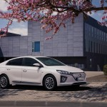 Nagyobb akkumulátort és gyorsabb töltést kap az elektromos Hyundai Ioniq