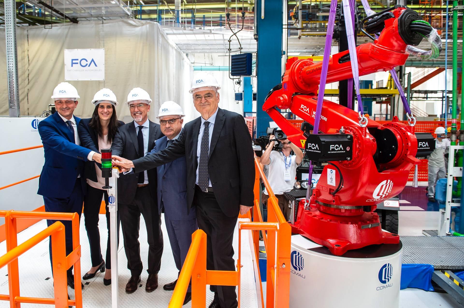 4c083a33-fiat-mirafiori-plant-announcement-of-electric-500-model-4