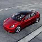Tesla szalon nyílik Budapesten