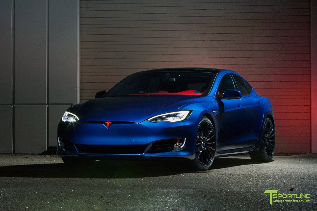 533211ab-tesla-model-s-p100d_t-sportline_project-superman_02