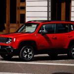 Jönnek a villanyosított Jeep modellek