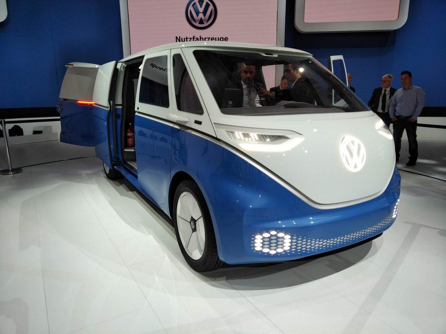 656cfbd5-vw-id-buzz-cargo-concept-5