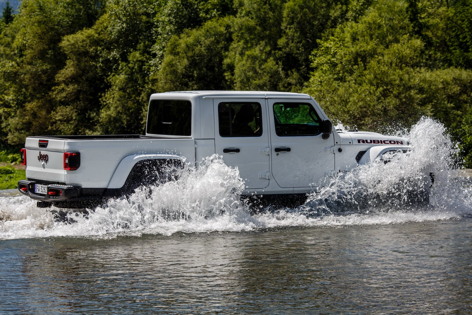 657e7ab5-2020-jeep-gladiator-europe-40